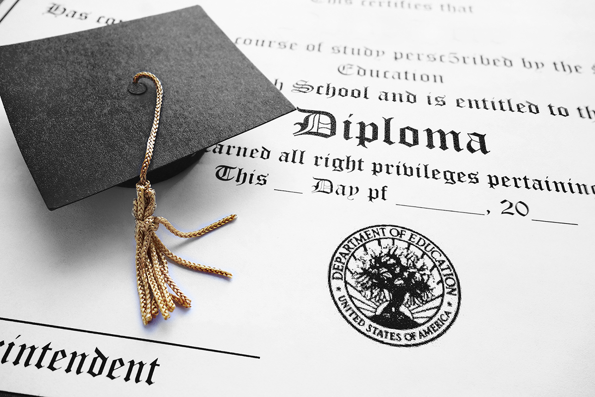 Enterprise Ohio Scholarship - Diploma Grad Cap